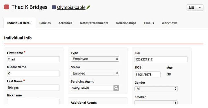 Đây là một ví dụ về AgencyBloc, một CRM được xây dựng cho các hãng bảo hiểm. Đây là giao diện của hồ sơ liên hệ khách hàng, nơi chứa tất cả thông tin khách hàng bao gồm: hợp đồng, tệp đính kèm, tài liệu, email trao đổi và các thứ khác.